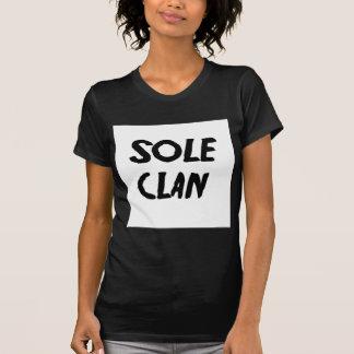 Einziges Clan-Kleid T-Shirt