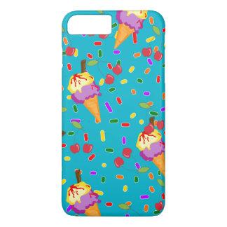 Eiscreme in den Kegeln und in den Kirschen iPhone 8 Plus/7 Plus Hülle
