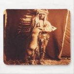 Eisen-Brust, ein Piegan Eingeboren-amerikanischer  Mousepads