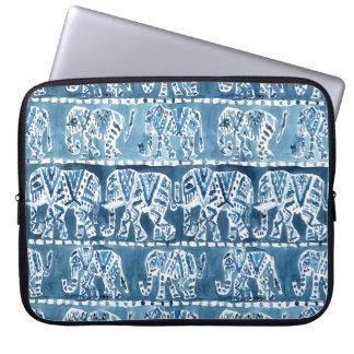 ELEFANT-SAFARI Boho Stammes- Indigo Laptopschutzhülle