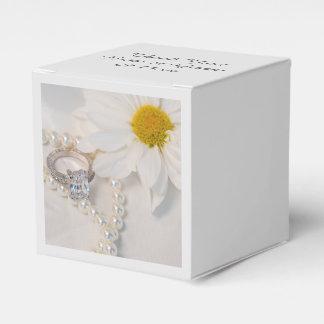 Elegante weißes Gänseblümchen-Hochzeit Geschenkschachtel