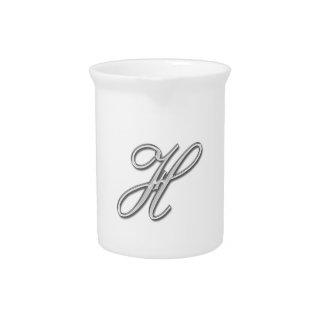 Eleganter Glasmonogramm-Buchstabe H Getränke Pitcher