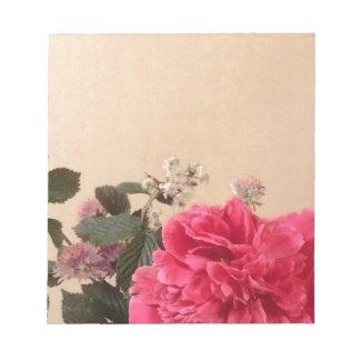 Elegantes rosa Sahneblumen Notiz Block