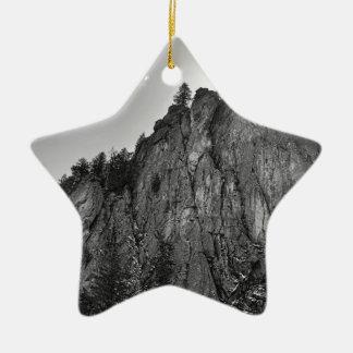 Enge-Berggipfel-Boulder-Schlucht Keramik Stern-Ornament
