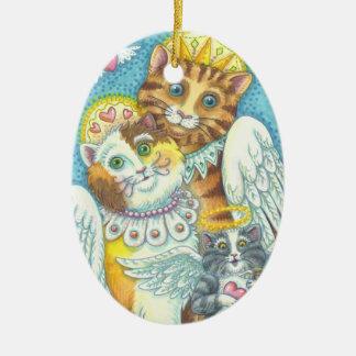 Engels-Katzen-Familie SCHNURRT in der Keramik Ornament