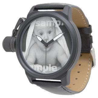 Entwerfen Sie Ihr eigenes personalisiertes Armbanduhr