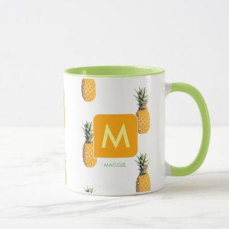 entwerfen Sie Ihre eigene Initiale mit Ananas Tasse