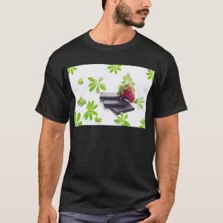 Erdbeeren Schoko Waldmeister Stillleben T-Shirt