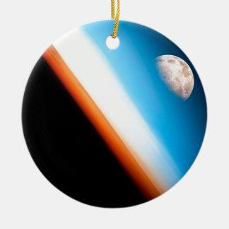 Erde und Mond Rundes Keramik Ornament