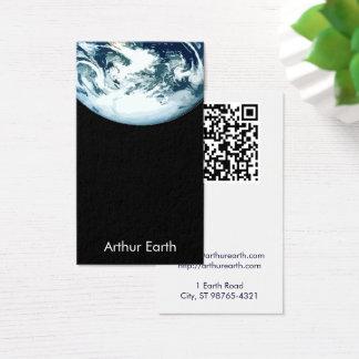Erde vom Raum mit QR Code Visitenkarte