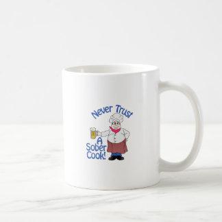 Ernüchtern Sie Koch Tasse