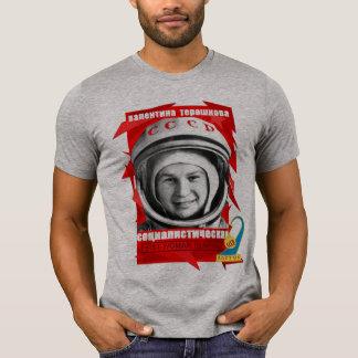ERSTE FRAU Valentina Tereshkova im RAUM T-Shirt