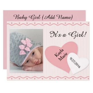 Es ist eine Mädchen-Rosa-Herz-Geburts-Mitteilung 12,7 X 17,8 Cm Einladungskarte