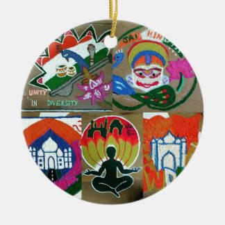 Ethnischer indischer Entwurf Rundes Keramik Ornament