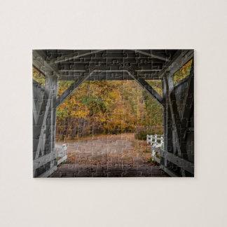 Everatt Straßen-überdachte Brücke Puzzles