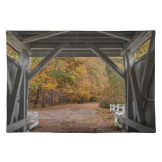 Everatt Straßen-überdachte Brücke Tisch Sets