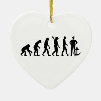 Evolutionskapitän Keramik Ornament