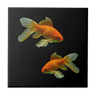 Extravagante Goldfish-Fliese Kleine Quadratische Fliese