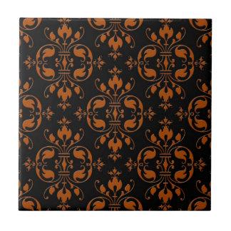 Extravaganter orange und schwarzer Damast Kleine Quadratische Fliese
