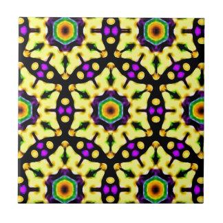 Extravagantes beflecktes Glasmandala-Muster Kleine Quadratische Fliese