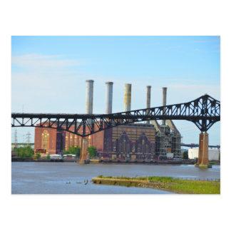 Fabrik hinter der Brücken-Postkarte Postkarten