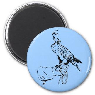 Falke auf Handschuh-Magneten Runder Magnet 5,7 Cm