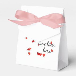 Fallendes Herzbaumzelt Geschenkschachtel