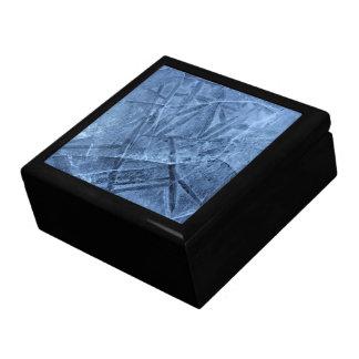 Falln knackte Eis Geschenkbox