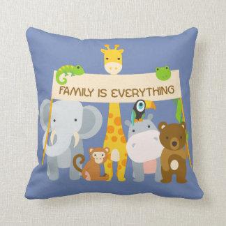 Familie ist alles Kissen