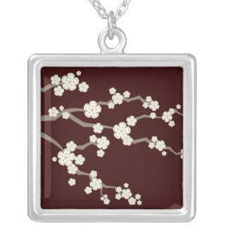 fatfatin SahneSakuras Kirschblüten-Halskette Versilberte Kette