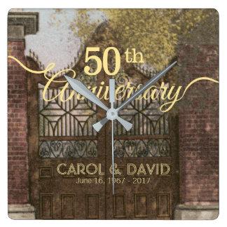 Feiern des 50. Jahrestages. Vintages Charleston Quadratische Wanduhr