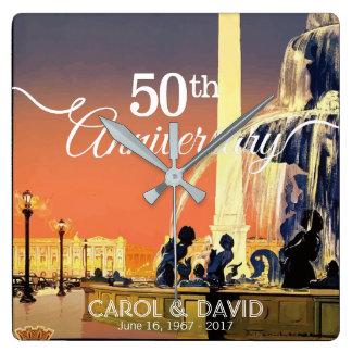 Feiern des 50. Jahrestages. Vintages Paris Quadratische Wanduhr