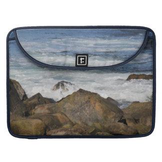 Felsige Küstenlinie Macbook Prohülse MacBook Pro Sleeve