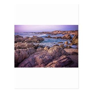 Felsiger Strand-Sonnenuntergang Postkarte