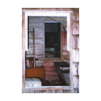 Fenster in einem Fenster-rustikalen alten Leinwanddruck