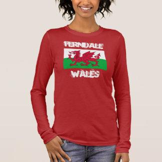 Ferndale, Wales mit Waliser-Flagge Langarm T-Shirt