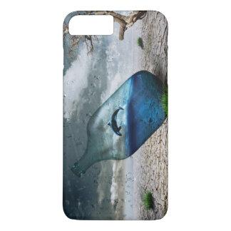 Flaschen-Delphin im Nachtisch iPhone 8 Plus/7 Plus Hülle