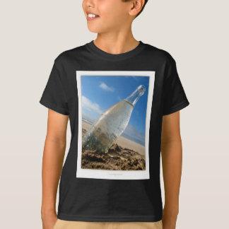 Flaschen-Neigung T-Shirt
