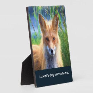 Flaumiger roter Fox mit Freundschafts-Zitat Fotoplatte