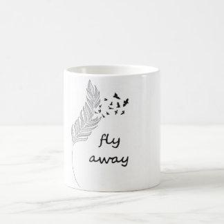 Fliege weg kaffeetasse