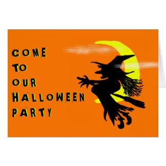 Fliegen-Hexe-orange Halloween-Party-Einladung Mitteilungskarte