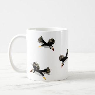 Fliegen-Papageientaucher-Kunst Tasse