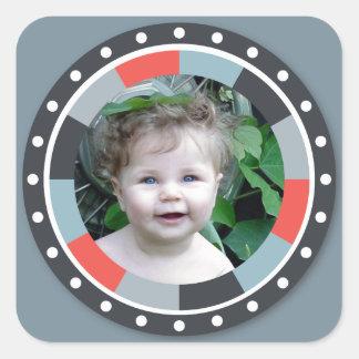 Flippiger Kreis frame2 - grau und Rot auf Grau Quadratischer Aufkleber