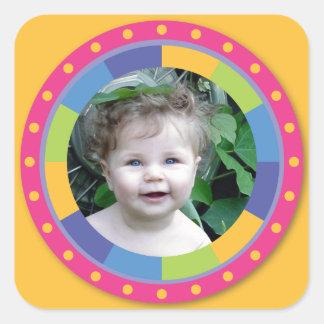 Flippiger Kreisrahmen - Disco! auf Gelb Quadratsticker