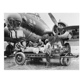 Flugzeug WW2 und Crew: Vierzigerjahre Postkarte