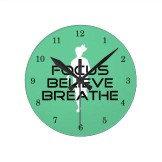 Fokus glauben atmen das Sport-Laufen Uhren
