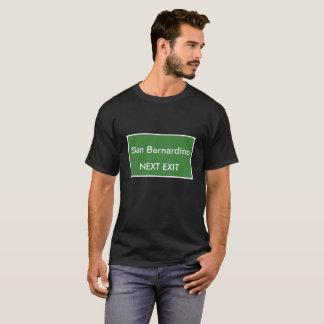 Folgendes Ausgangs-Zeichen San Bernardino T-Shirt