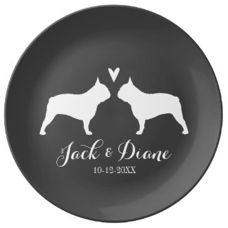 Französische Bulldoggen-Silhouetten mit Herzen und Porzellanteller