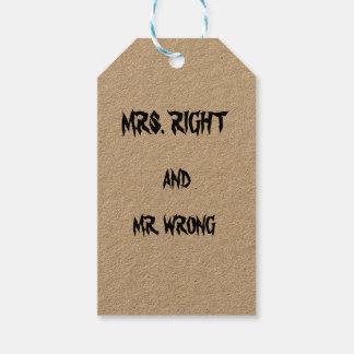 Frau Recht und Herr falsches kundenspezifisches Geschenkanhänger