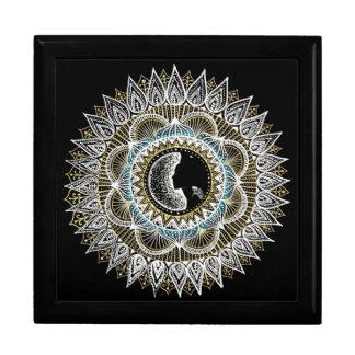 Frauen-Mandala Große Quadratische Schatulle